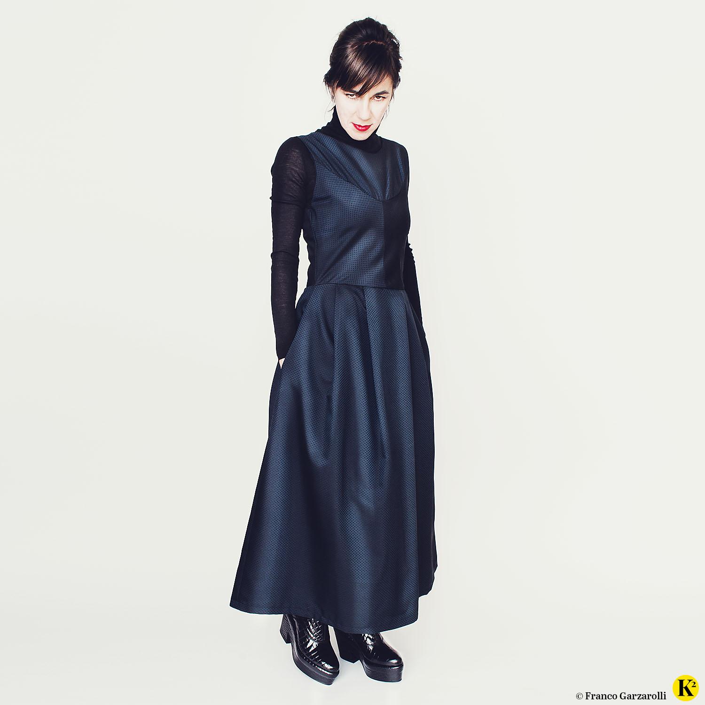 karins_kosmos_fashion_blaues_kleid_07