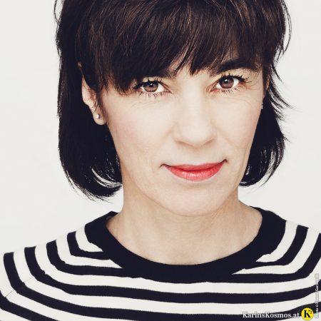 Portraitfoto von Karin Garzarolli.