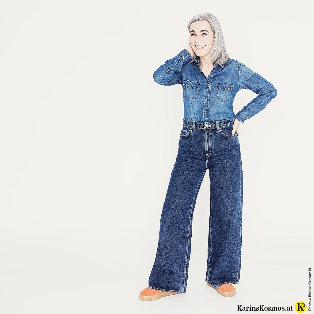 Jeanshemd zur Jeans getragen.