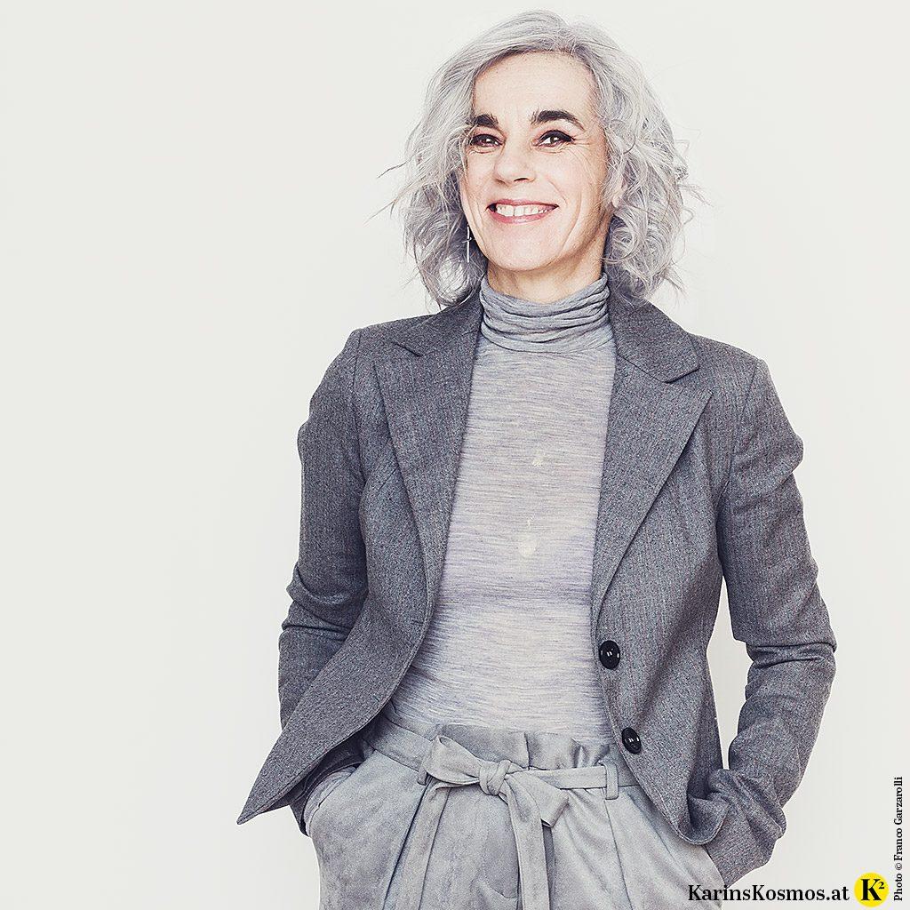 Karin Garzarolli trägt gerne Grau.